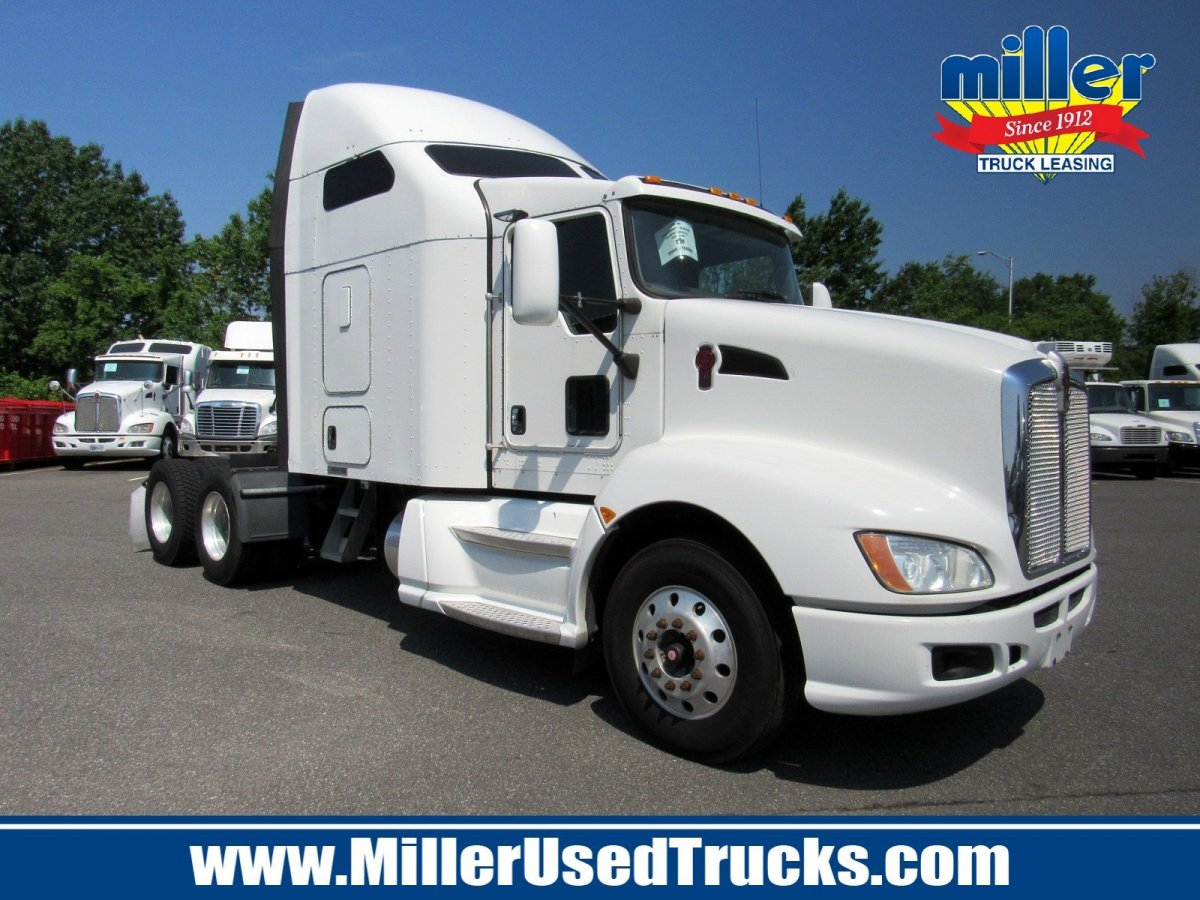 USED 2013 KENWORTH T660 TANDEM AXLE SLEEPER TRUCK #2874