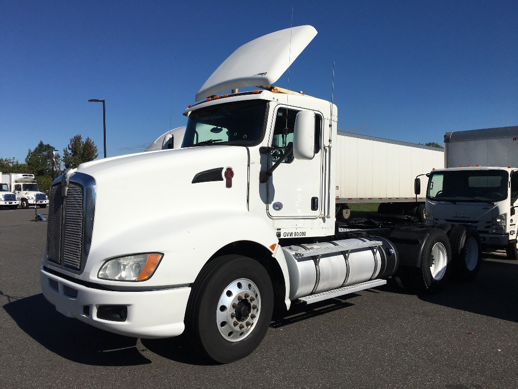 USED 2013 KENWORTH T660 TANDEM AXLE DAYCAB TRUCK #2900