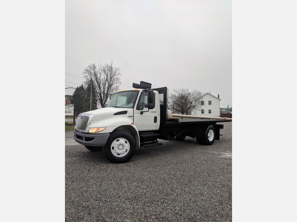 USED 2014 INTERNATIONAL 4300 ROLL-OFF TRUCK #2988