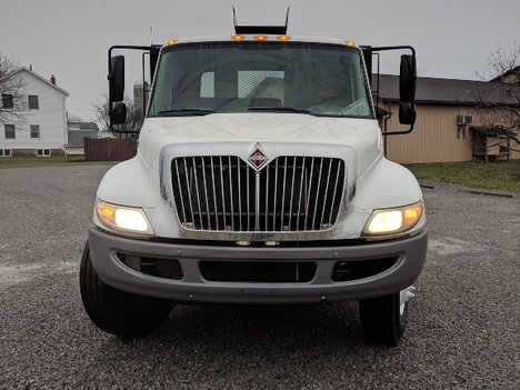 USED 2014 INTERNATIONAL 4300 ROLL-OFF TRUCK #2988-2