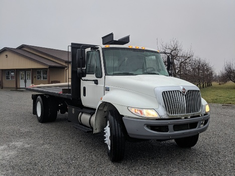 USED 2014 INTERNATIONAL 4300 ROLL-OFF TRUCK #2988-3
