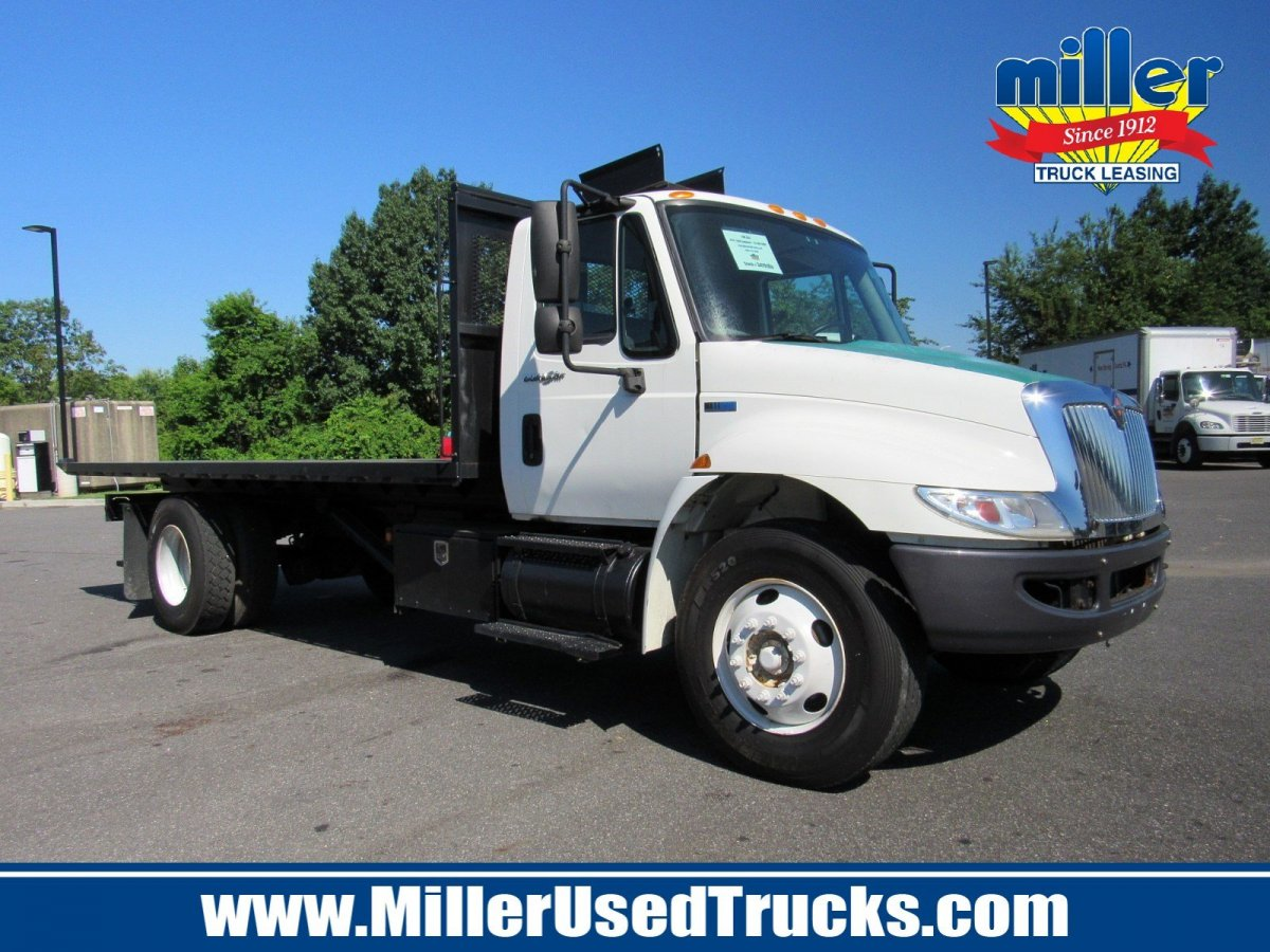 USED 2014 INTERNATIONAL 4300 ROLL-OFF TRUCK #2989