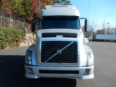 USED 2012 VOLVO 670 SLEEPER TRUCK #1456-3