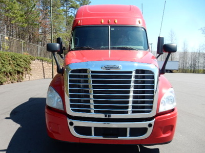 USED 2013 FREIGHTLINER CASCADIA SLEEPER TRUCK #1679-3
