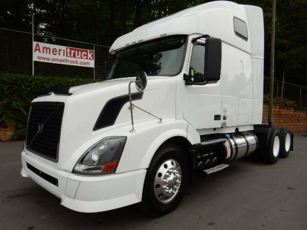 USED 2012 VOLVO VNL 670 SLEEPER TRUCK #1834