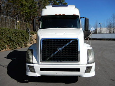 USED 2012 VOLVO 670 SLEEPER TRUCK #2169-3