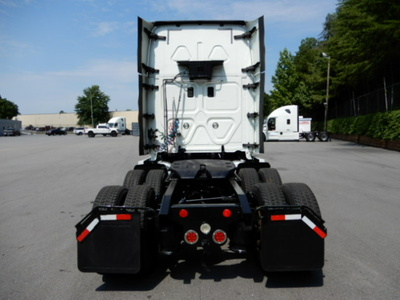 USED 2014 FREIGHTLINER CASCADIA SLEEPER TRUCK #2744-4