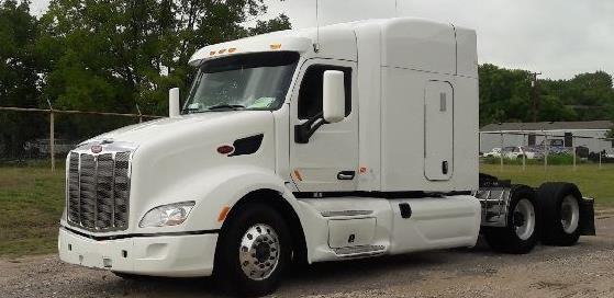 USED 2014 PETERBILT 579 SLEEPER TRUCK #10591