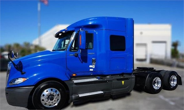 USED 2014 INTERNATIONAL PROSTAR SLEEPER TRUCK #6242