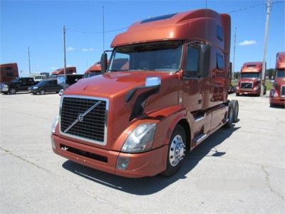 USED 2016 VOLVO VNL64T780 SLEEPER TRUCK #6711-1