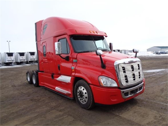 USED 2016 FREIGHTLINER CASCADIA 125 EVOLUTION SLEEPER TRUCK #7601