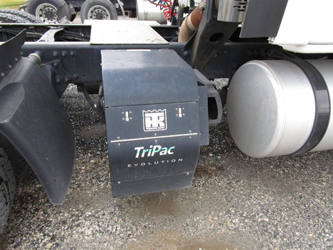 USED 2015 FREIGHTLINER CASCADIA 125 SLEEPER TRUCK #8050-6