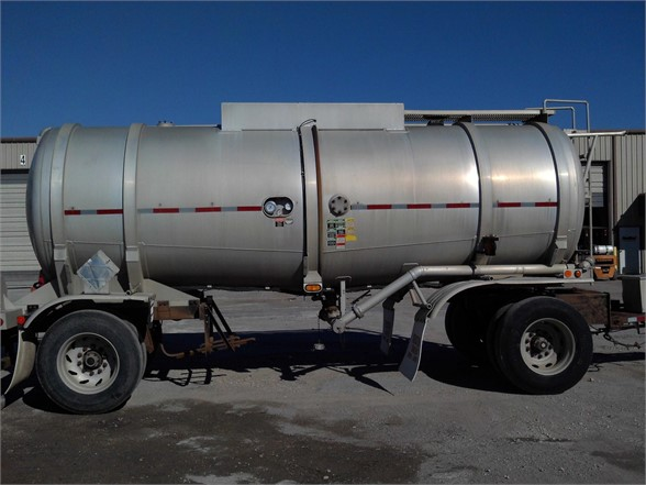 USED 1995 TRAILMASTER NON CODE TANK TRAILER #1343