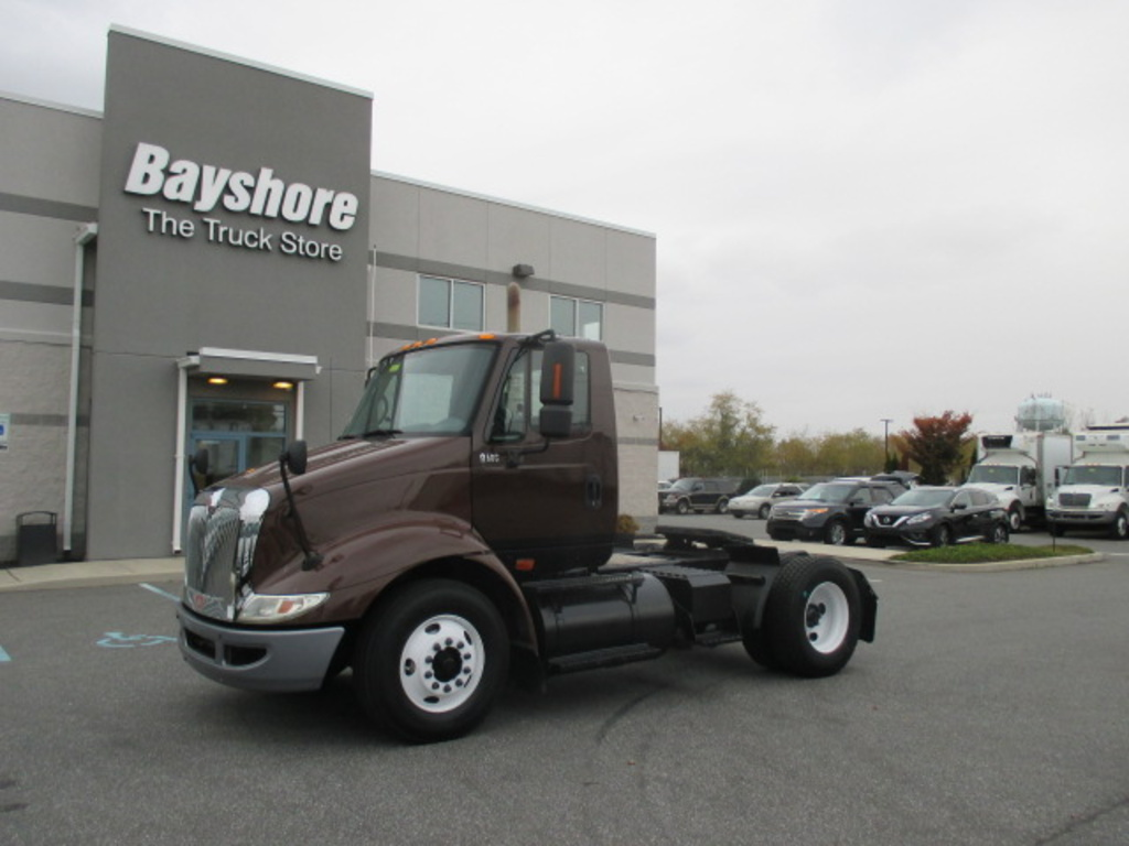USED 2006 INTERNATIONAL 8000 SERIES 8600 SINGLE AXLE DAYCAB TRUCK #3013