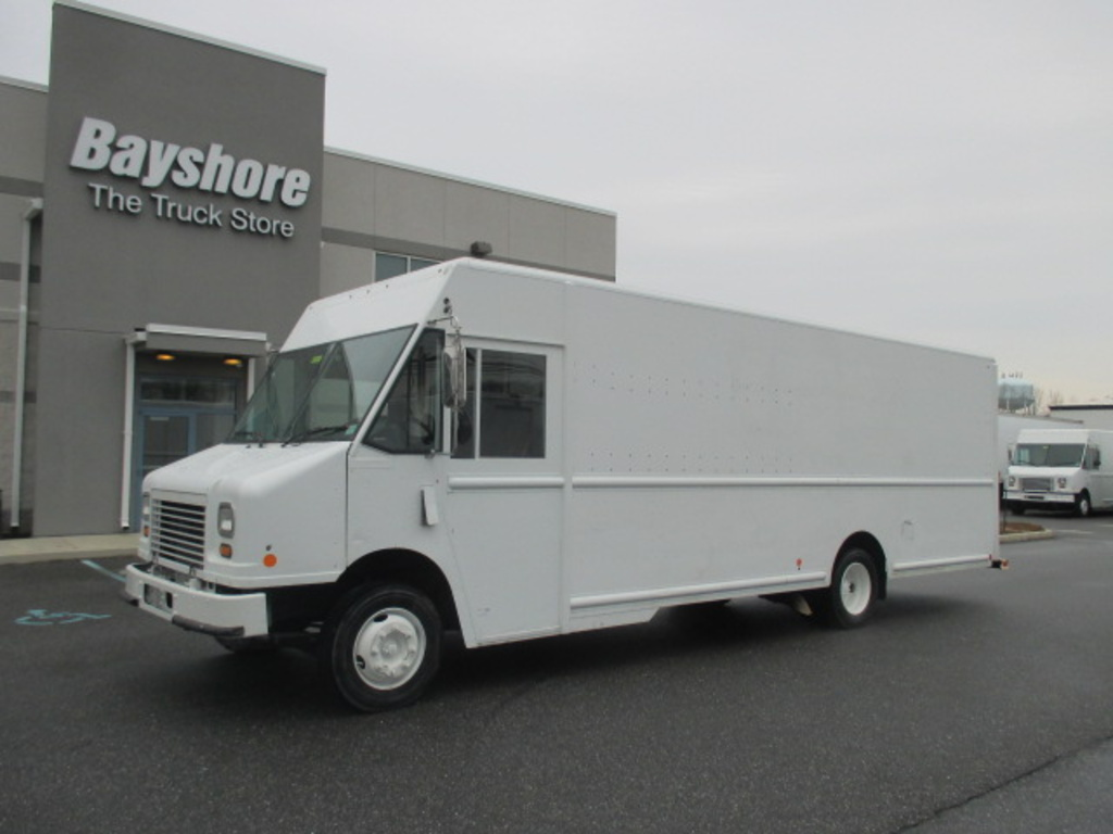 USED 2010 WORKHORSE COMMERCIAL W62 STEP VAN TRUCK #3851