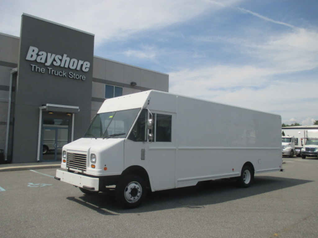 USED 2010 WORKHORSE COMMERCIAL W62 STEP VAN TRUCK #4173