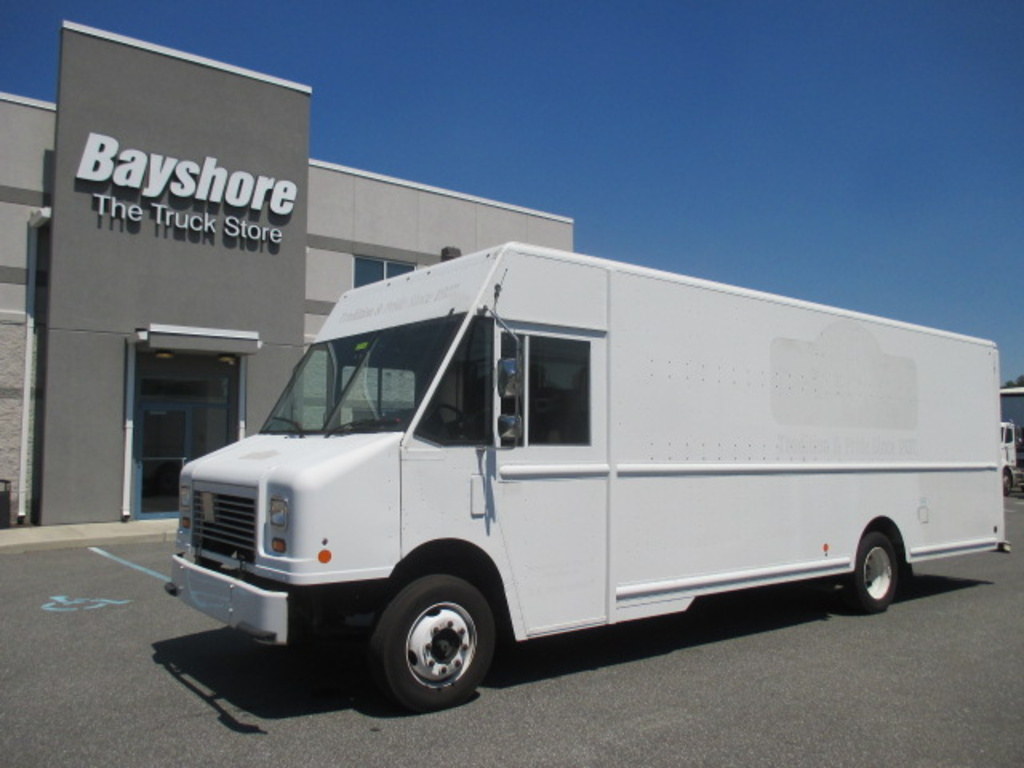USED 2010 WORKHORSE COMMERCIAL W62 STEP VAN TRUCK #4174