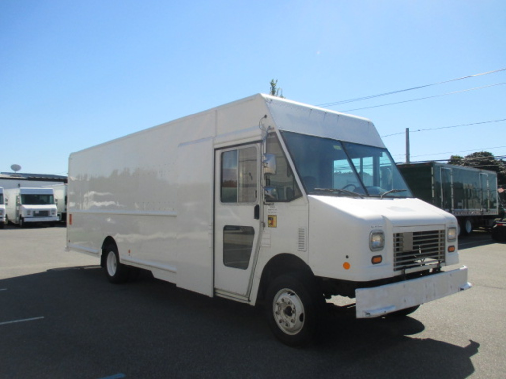USED 2010 WORKHORSE COMMERCIAL W62 STEP VAN TRUCK #4207-3