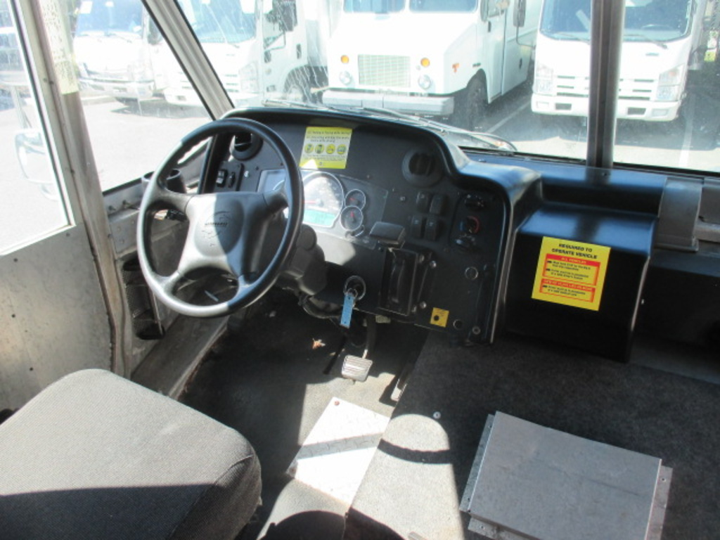 USED 2010 WORKHORSE COMMERCIAL W62 STEP VAN TRUCK #4207-6