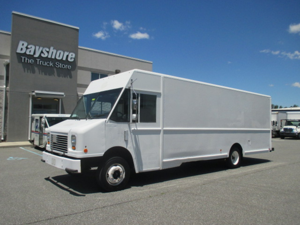 USED 2010 WORKHORSE COMMERCIAL W62 STEP VAN TRUCK #5037