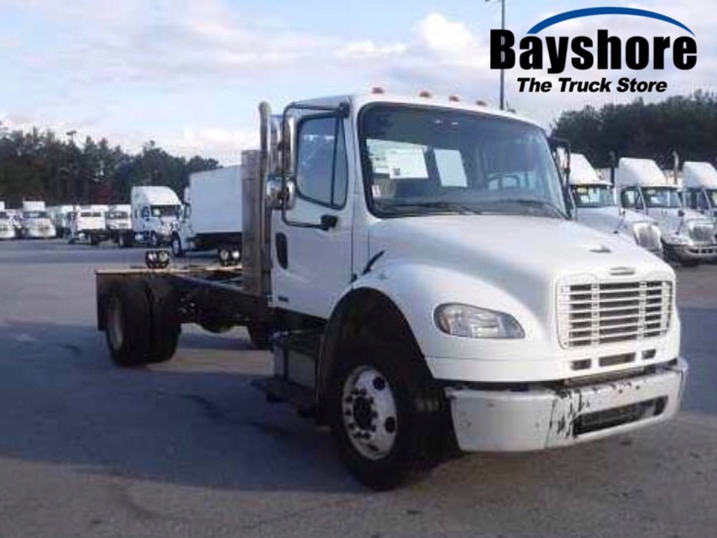 USED 2012 FREIGHTLINER M2 106 MEDIUM CAB CHASSIS TRUCK #613231