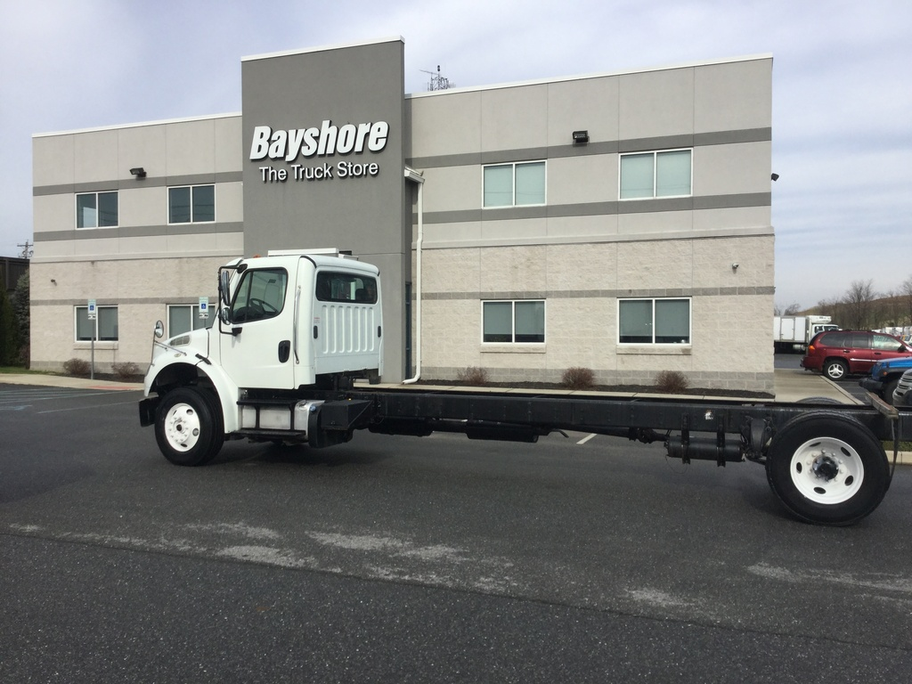 USED 2013 FREIGHTLINER M2 106 MEDIUM CAB CHASSIS TRUCK #9908