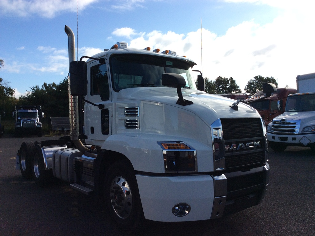 USED 2019 MACK AN64T TANDEM AXLE DAYCAB TRUCK #11875