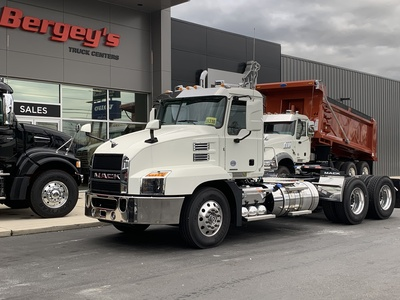 NEW 2022 MACK AN64T TANDEM AXLE DAYCAB TRUCK #14325