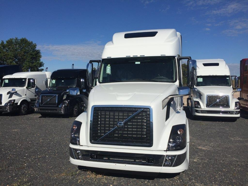 2018 volvo tractor trailer.  Tractor 2013 Volvo Semi Truck For Sale Vnl64t670 Tandem Axle Sleeper  25136   Intended 2018 Tractor Trailer