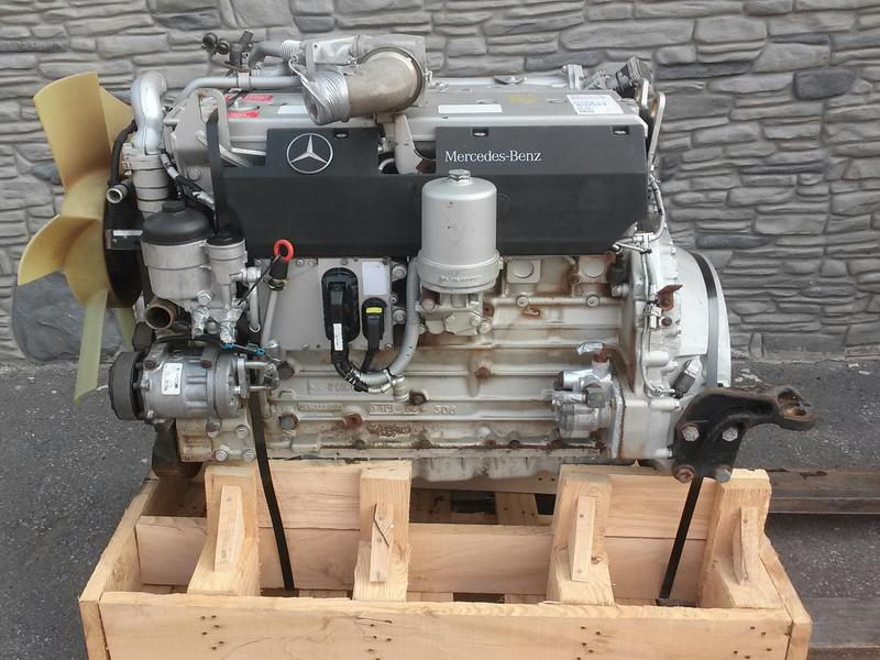 2004 MERCEDES-BENZ OM906LA  Complete Engine #1002