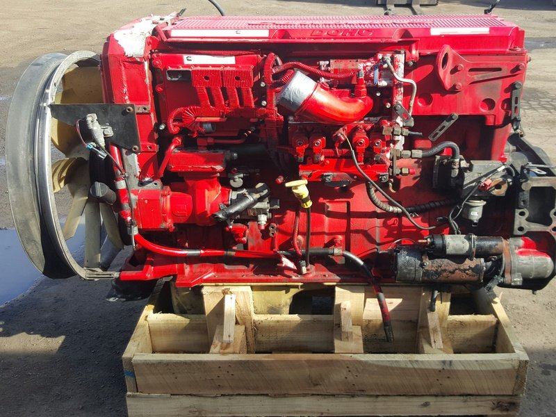 2000 CUMMINS ISX  Complete Engine #1060