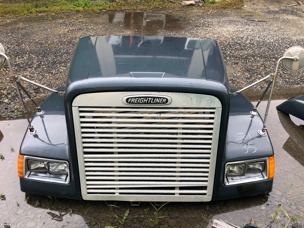 USED 2001 FREIGHTLINER FLD120 HOOD TRUCK PARTS #654640
