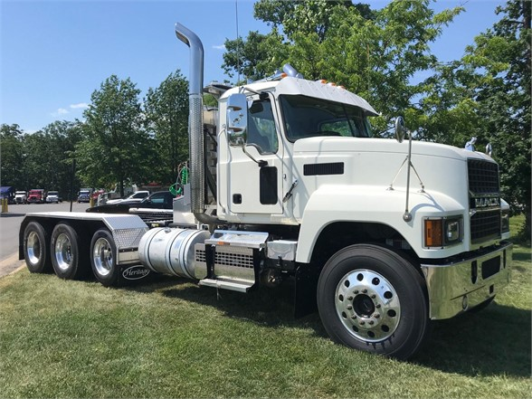 NEW 2021 MACK PINNACLE 64T DAYCAB TRUCK #1130