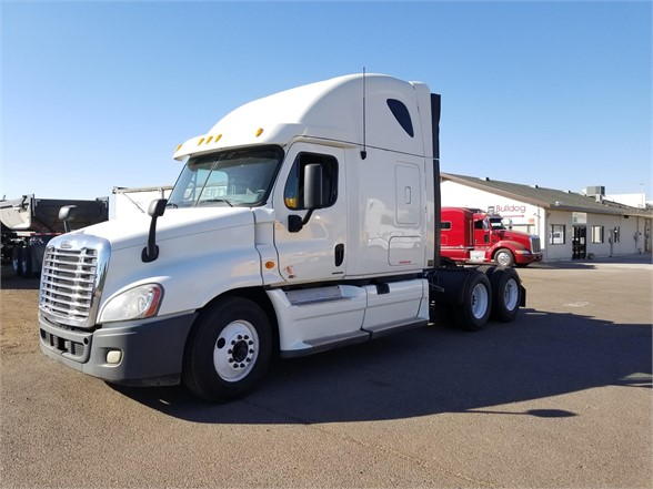 USED 2012 FREIGHTLINER CASCADIA 125 SLEEPER TRUCK #2983