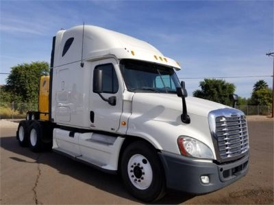USED 2012 FREIGHTLINER CASCADIA 125 SLEEPER TRUCK #3010-2