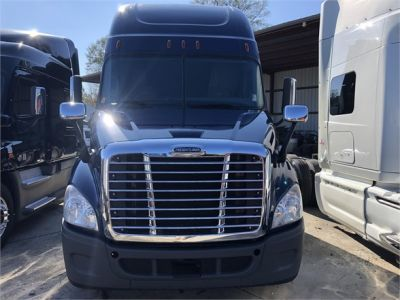USED 2014 FREIGHTLINER CASCADIA 125 SLEEPER TRUCK #3238-2