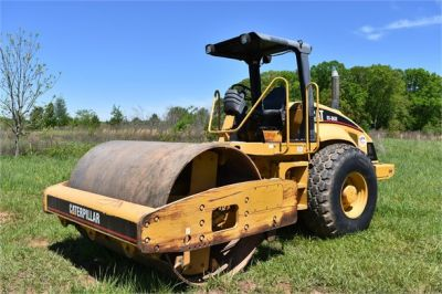 USED 2004 CATERPILLAR CS-563E COMPACTOR EQUIPMENT #1719-14