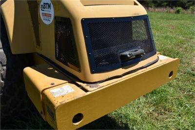 USED 2004 CATERPILLAR CS-563E COMPACTOR EQUIPMENT #1719-29