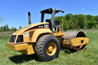 USED 2004 CATERPILLAR CS-563E COMPACTOR EQUIPMENT #1719-7