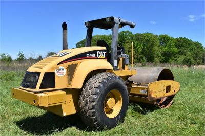 USED 2004 CATERPILLAR CS-563E COMPACTOR EQUIPMENT #1719-8