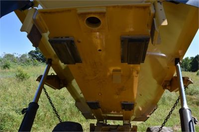 USED 2013 CATERPILLAR 725 OFF HIGHWAY TRUCK EQUIPMENT #1835-19