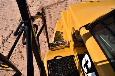 USED 2011 CATERPILLAR 725 OFF HIGHWAY TRUCK EQUIPMENT #1852-16