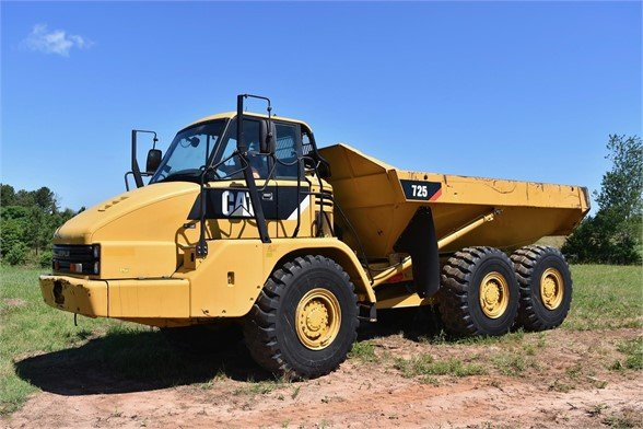 USED 2011 CATERPILLAR 725 OFF HIGHWAY TRUCK EQUIPMENT #1868