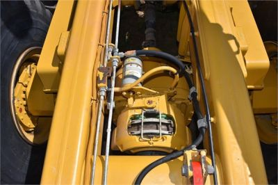 USED 2011 CATERPILLAR 725 OFF HIGHWAY TRUCK EQUIPMENT #1868-15