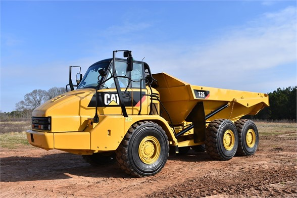 USED 2010 CATERPILLAR 725 OFF HIGHWAY TRUCK EQUIPMENT #1879