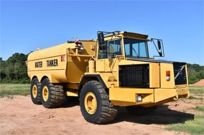 USED 1999 VOLVO A30C WATER TRUCK #1887-11