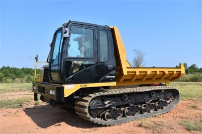 USED 2013 MOROOKA MST2200VD CARRIER EQUIPMENT #1894-3