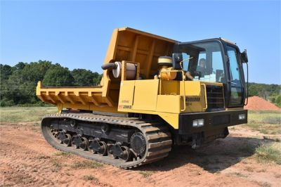 USED 2013 MOROOKA MST2200VD CARRIER EQUIPMENT #1894-8