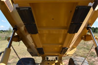 USED 2015 CATERPILLAR 740B OFF HIGHWAY TRUCK EQUIPMENT #1916-15