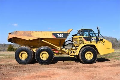 USED 2010 CATERPILLAR 740 OFF HIGHWAY TRUCK EQUIPMENT #2039-10